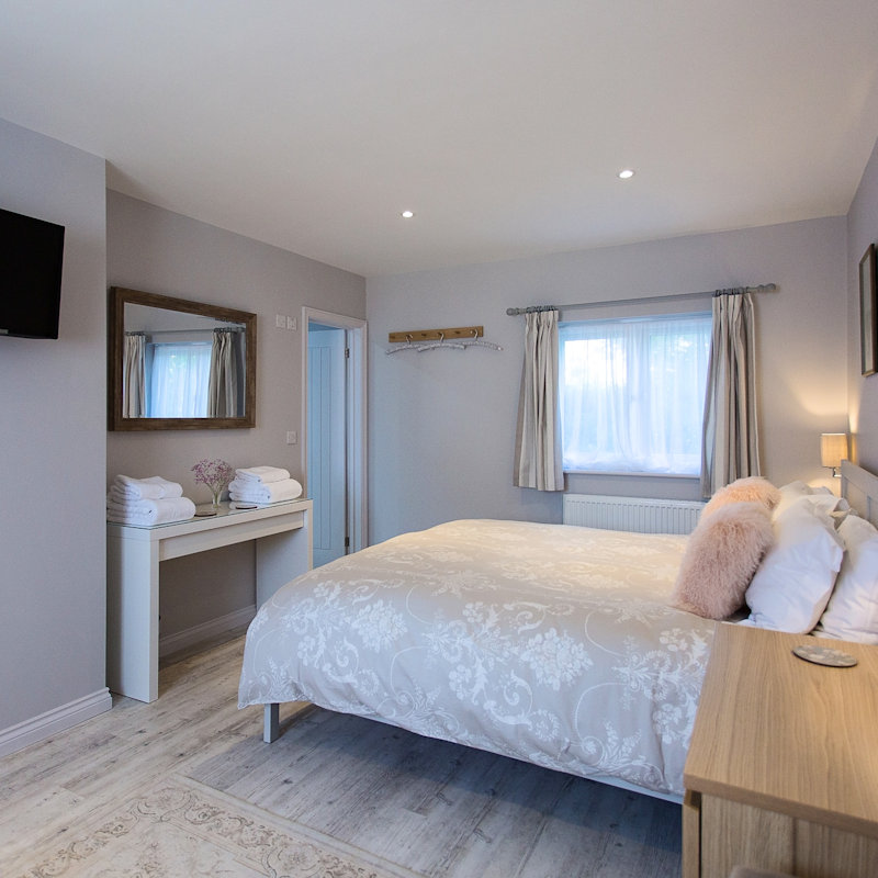 Brancaster Stays, Brancaster Staithe, Norfolk - Bed & Breakfasts (B&Bs) - Two self-catering apartments available for short term stays, breakfast provisions included. | Brancaster Staithe & Burnham Deepdale, North Norfolk Coast