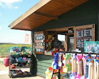 Brancaster Beach Kiosk - The Kiosk provides all your seaside essentials, buckets and spades and a variety of beach goods. Serving hot and cold drinks, freshly made sandwiches, hot food and ice cream.
