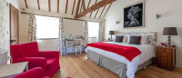 Hubbards Luxury Bed and Breakfast, South Creake, Norfolk - Bed & Breakfasts (B&Bs) - Hubbard's is an award winning boutique bed and breakfast situated in South Creake, just 6 miles from the North Norfolk coastline.  All rooms offer own access, luxury en-suite bathrooms, as well as super king sized beds with Egyptian cotton bedding.   | Brancaster Staithe & Burnham Deepdale, North Norfolk Coast