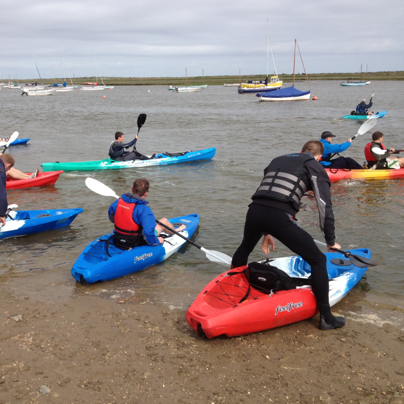 Hunstanton Kayaks - From our base in Hunstanton, North Norfolk, we have access by sea to some of the most naturally outstanding scenery and shoreline the UK has to offer. Kayak hire/retal, kayaking trips, creek safari, sandbanks trips