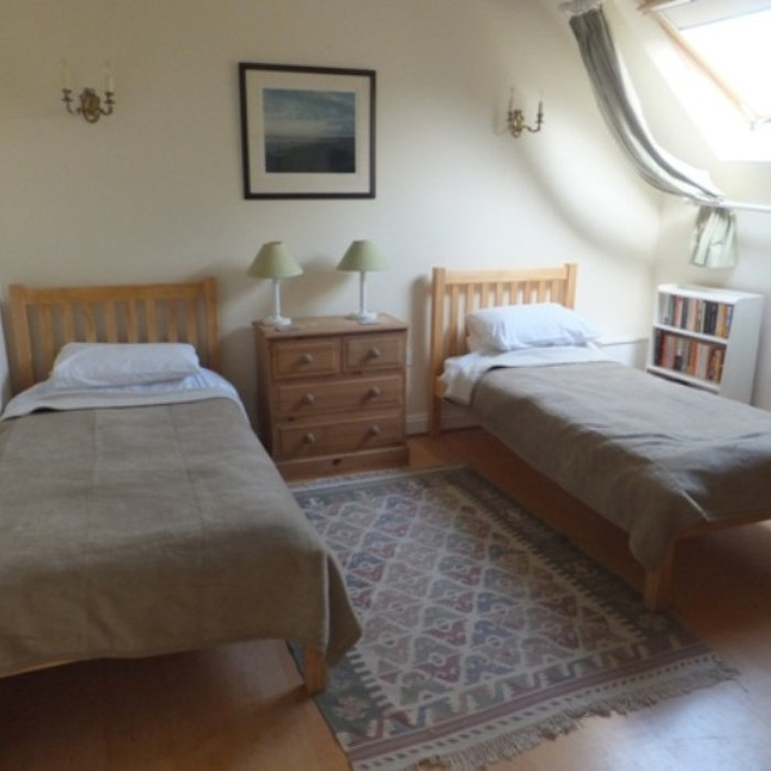 Valley Farm Cottage Bed & Breakfast - The quiet and secluded Valley Farm Cottage is one mile behind the coast road and close to Barrow Common. We have two twin rooms with a shared bathroom in a private apartment including tea making facilities and Free Sat TV.